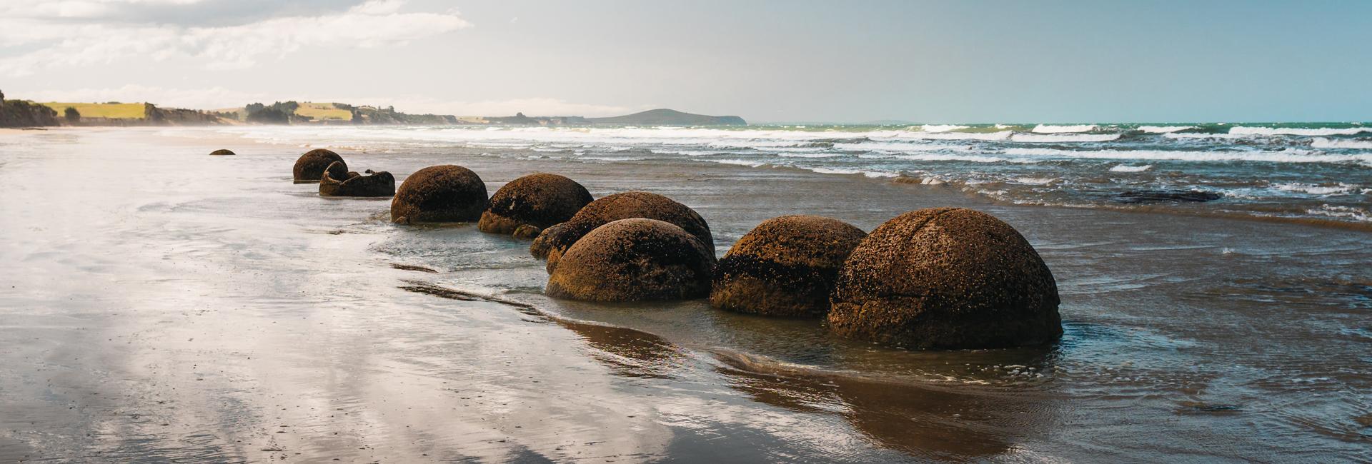 Otago Coast - Moeraki Boulders Beach